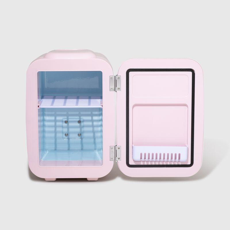Mini Geladeira Rosa Skincare Fridge 4l  aberta frente